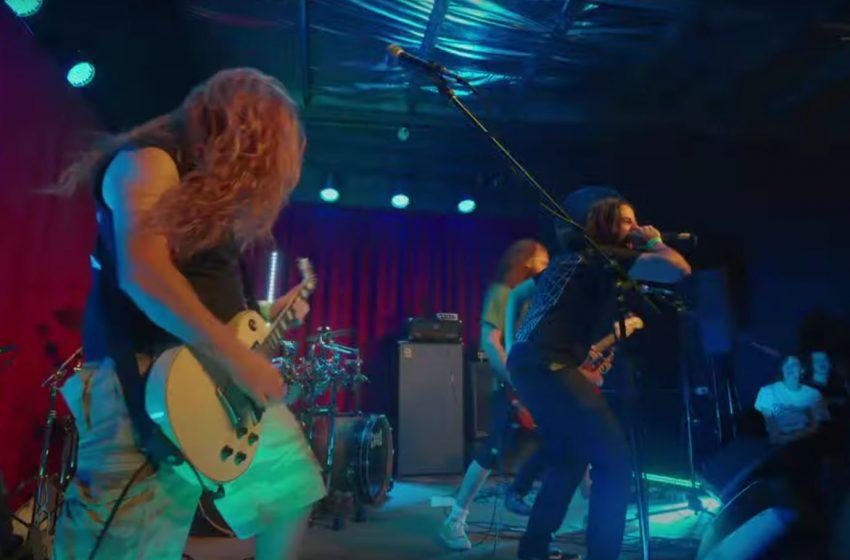 Shatter Brain – Iron Fist (Motorhead Cover)